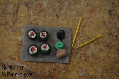 Clay Doll-Sized Sushi