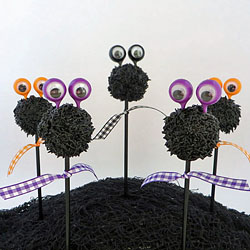 Googly-Eyed Cake Pops