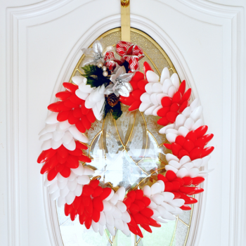 Plastic Spoon Holiday Wreath