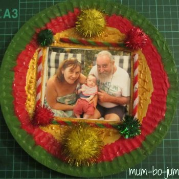 Personalized Paper Plate Christmas Wreath