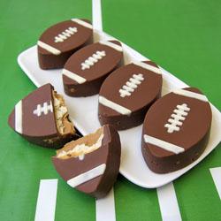 Cracker Crunch Footballs