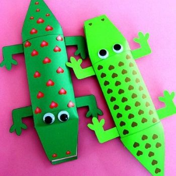 Alligator Valentine Candy Box