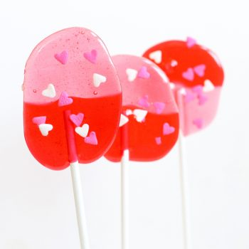 Easy Valentine's Day Lollipops
