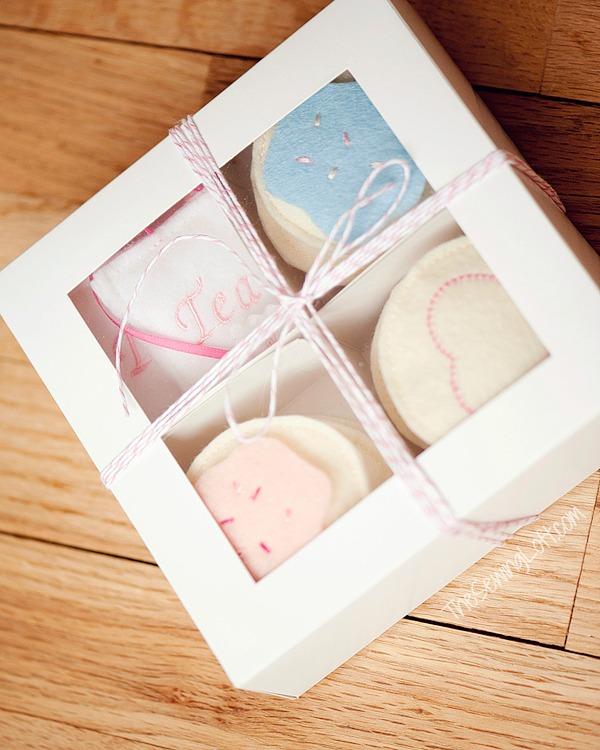 felt-heart-cookies