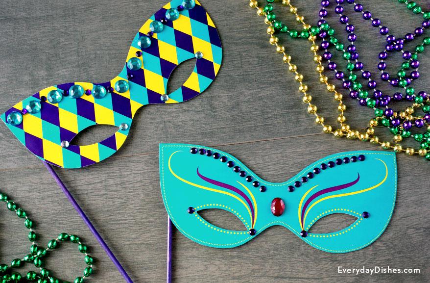 Printable Mardi Gras Mask