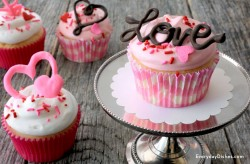 Chocolate Valentine Cupcake Toppers