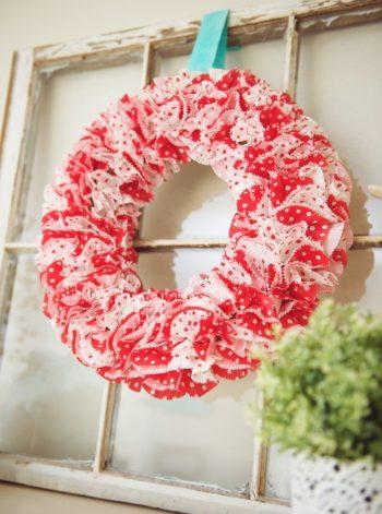 Valentine Cupcake Wrapper Wreath
