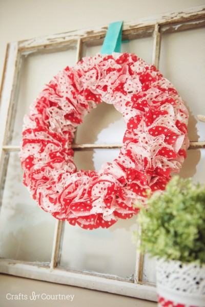 Valentine Cupcake Wrapper Wreath
