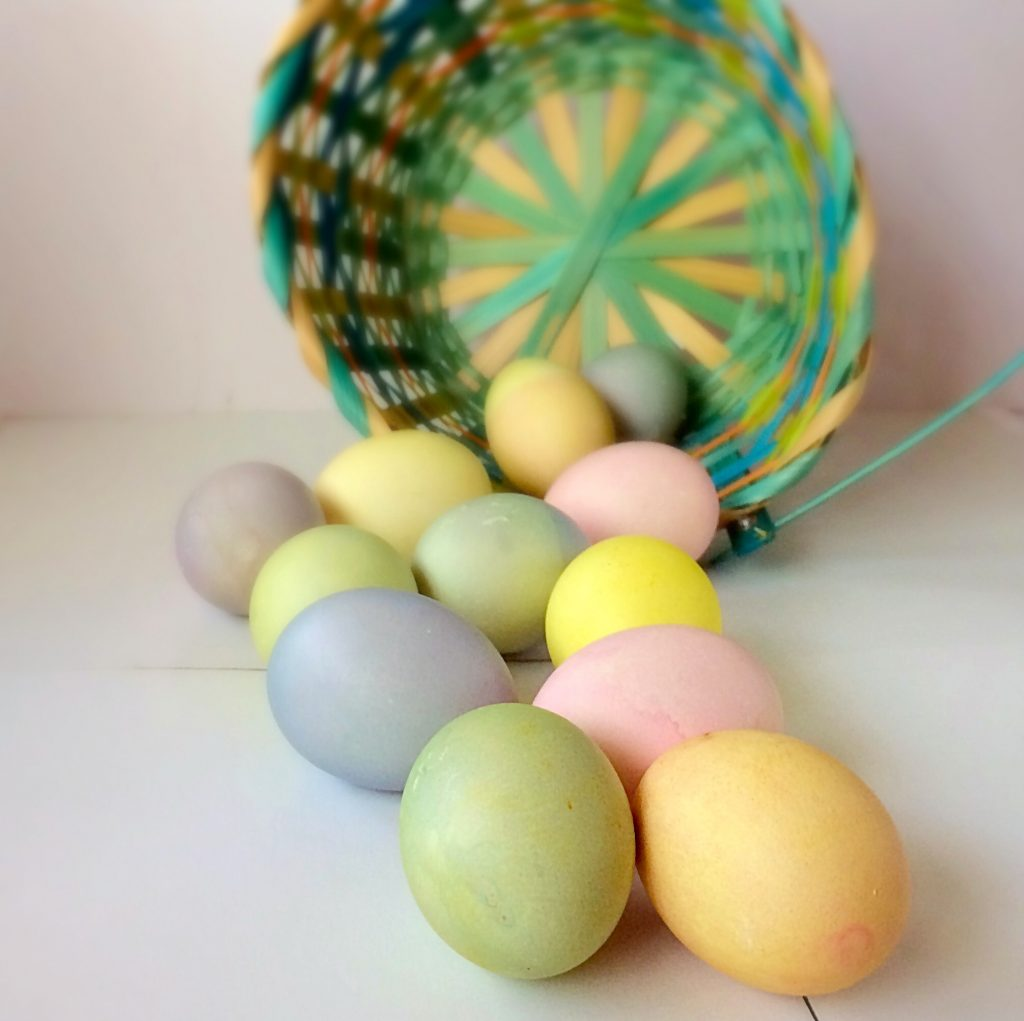 Naturally-Dyed Easter Eggs