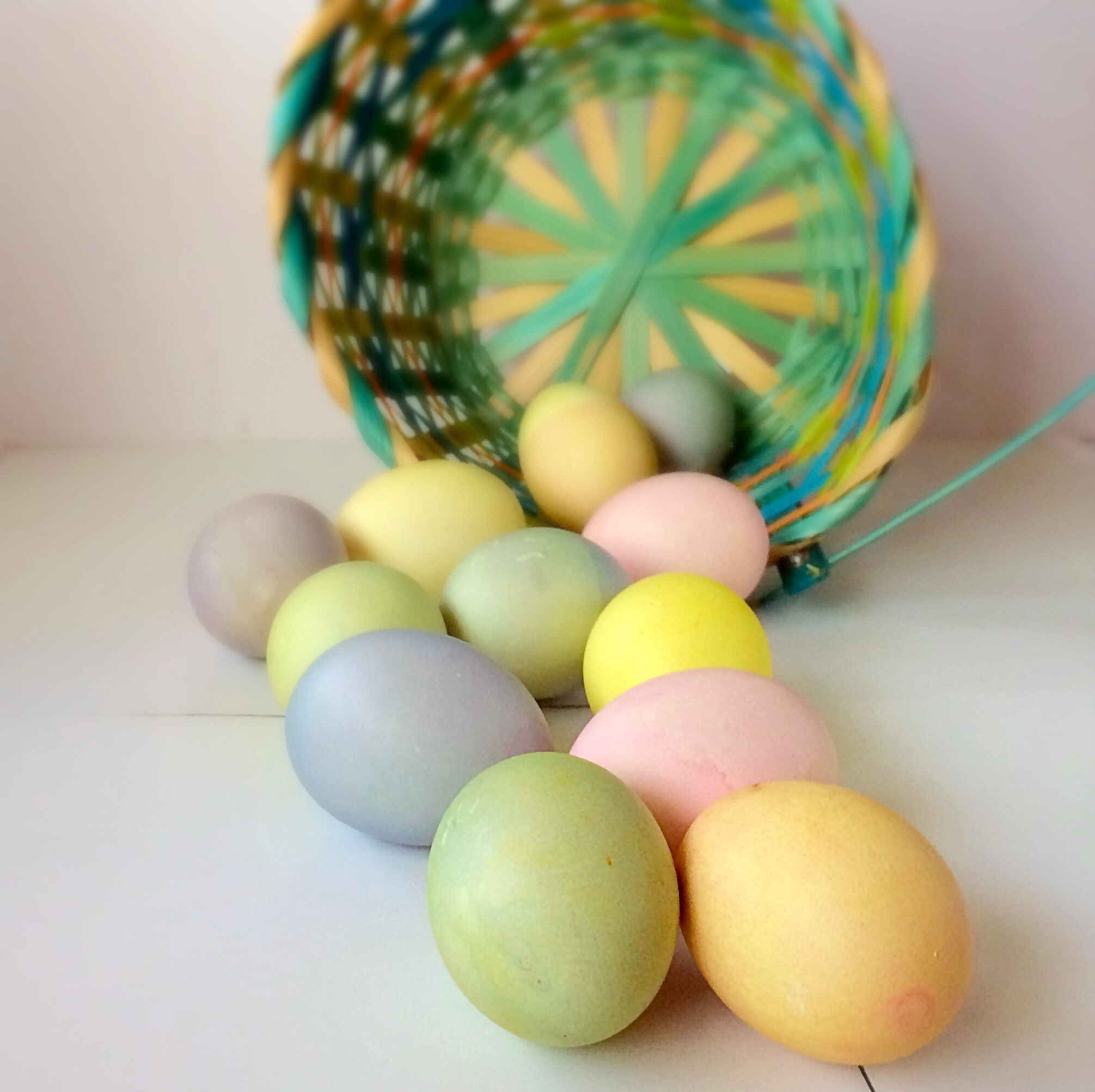 Naturally-Dyed Easter Eggs | Fun Family Crafts