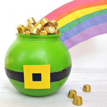 St. Patrick's Day Bucket O' Gold