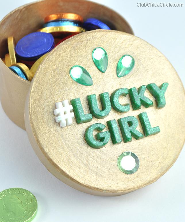 #LuckyGirl Gold Gift Box