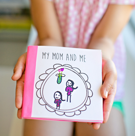 Mother 39 s day book fun family crafts for Things to make for your mom for mother s day
