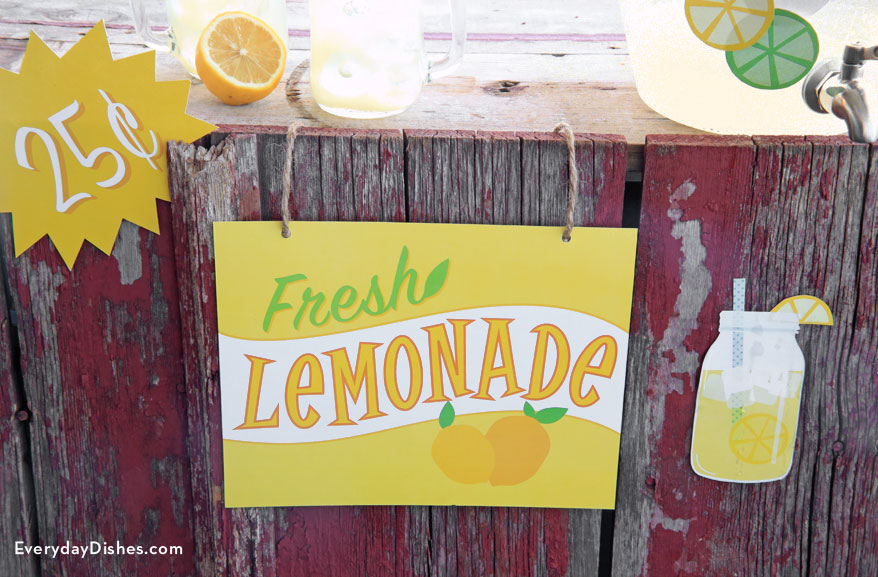Printable Lemonade Stand Signs | Fun Family Crafts