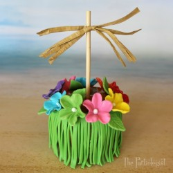Grass Skirt Caramel Apple