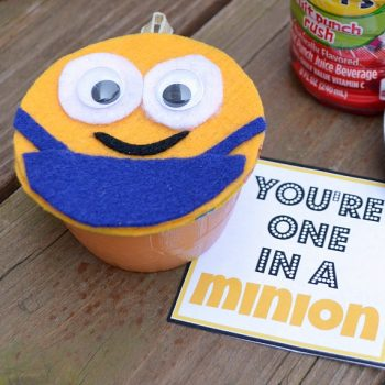 """One in a Minion"" Snacks and Craft"