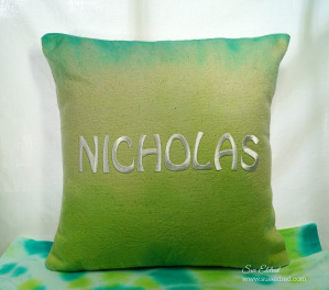Dyed No-Sew Pillow