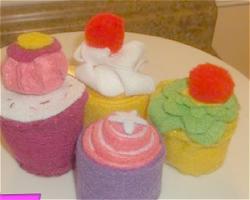 Felt Cupcakes: Four Ways