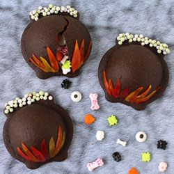 Candy-Filled Cauldron Cookies