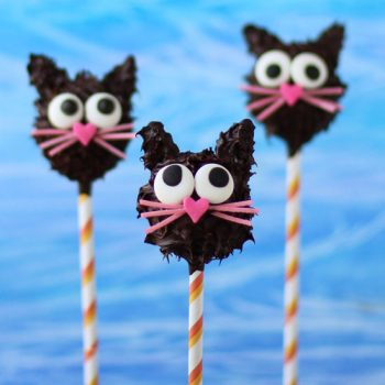 Peanut Butter Fudge Filled Chocolate Cat Pops