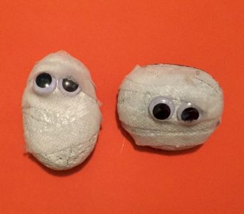 Halloween Mummy Rocks