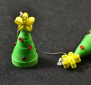 Quilled Christmas Tree Earrings