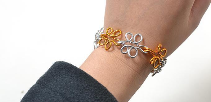 Wire-Wrapping Flower Bracelet