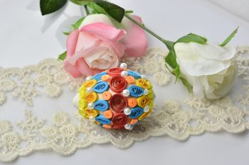 How to Make Cheap Quilling Easter Eggs for Kids