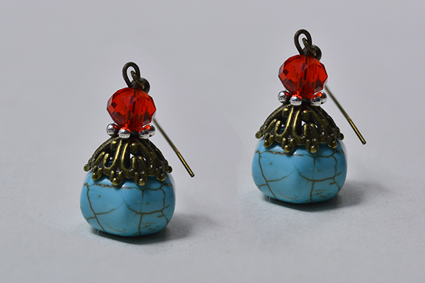 In this article, you will learn how to make a pair of easy turquoise drop earrings. Hope you like this design and have a try!