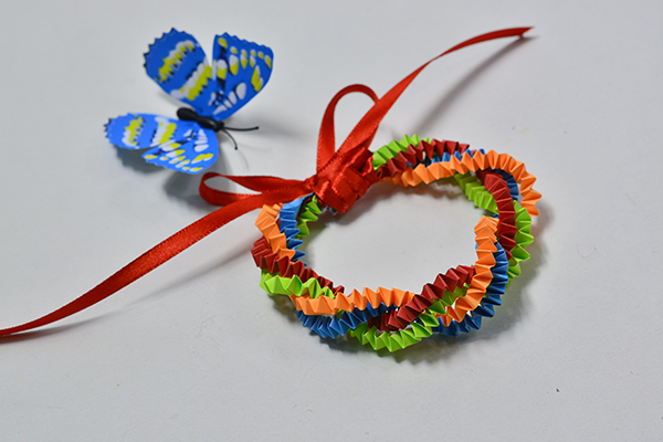 Pandahall Tutorial - How to Make an Easy Colored Quilling Paper Bracelet for Kids