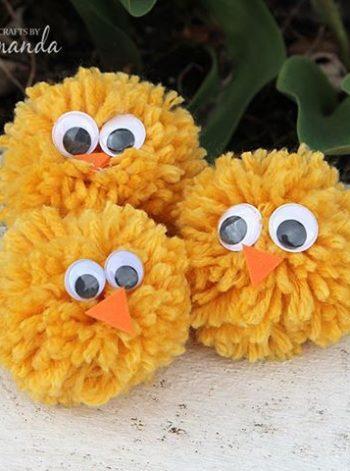 Yarn Pom Pom Chicks