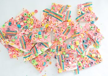 11-rainbow-unicorn-bark
