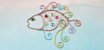 Instructions on How to Make Colorful Wire Wrapped Fish Decorations for Kids