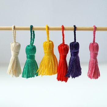 Change tassel color