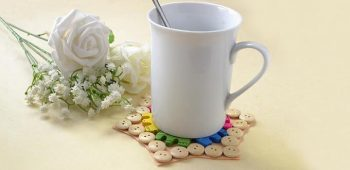 How to Make an Easy and Cute Wooden Button Cup Coaster in 10 Minutes