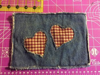 finished-denim-potholder-with-hearts