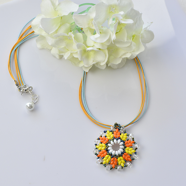 Pandahall Tutorial - How to Make a 2-Hole Seed Bead Flower Pendant Necklace