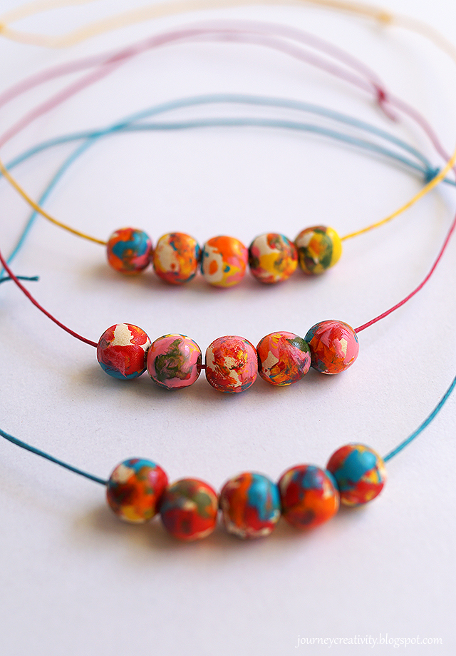 Colorful wood beads necklace