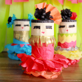 Cinco de Mayo Dancing Girls Mini Piñatas