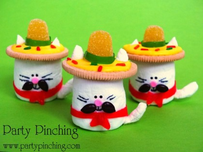 These sombrero-wearing cats are great fun for a Cinco de Mayo celebration.