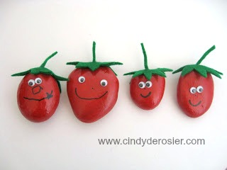 These cute strawberries will hold your tablecloth or picnic blanket in place on a windy day.