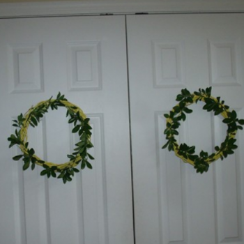 Easy Spring-Themed Wreaths