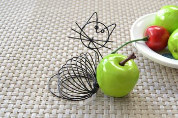 How to Make a Cute Black Wire Wrapped Cat Craft for Kids