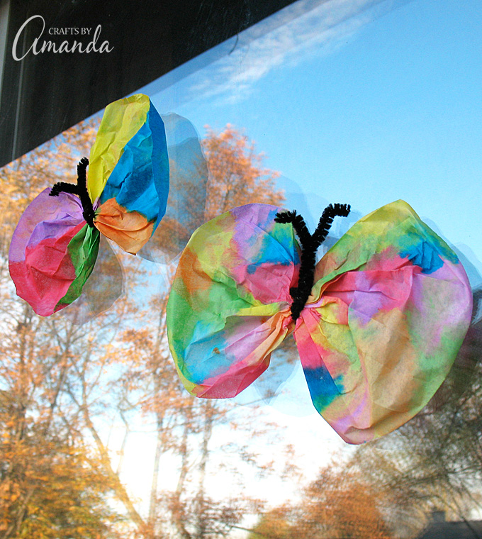 Kids will love these colorful Coffee Filter Butterflies! They're just in time for the beautiful spring weather.
