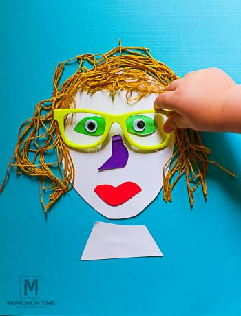 This Portrait Collage is a super easy gift for mom. #kidscraft