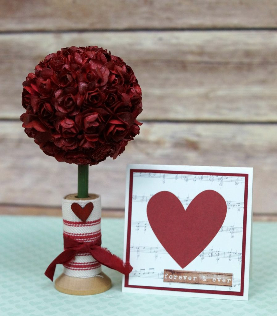The Mini Rose Topiary is a project that can be easily adapted to make larger topiaries.