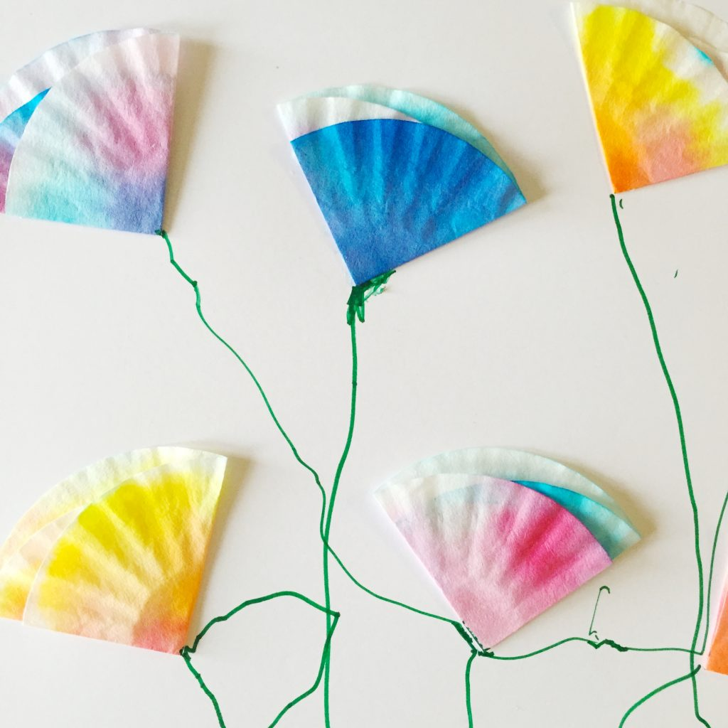 family photo color ideas for summer - Mini Coffee Filter Flowers