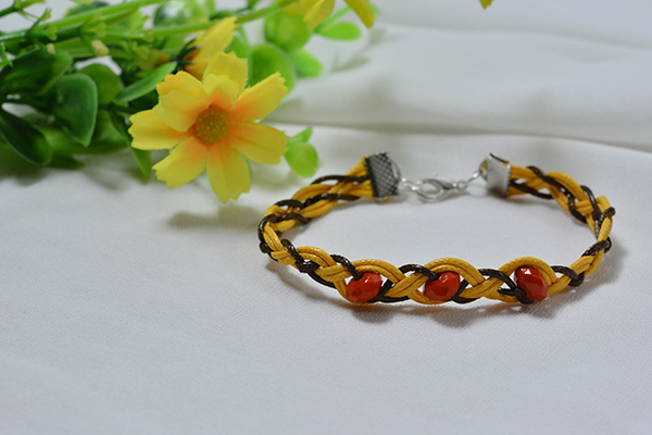 How to Make the 6-String Waxed Cord Braided Bracelet with Acrylic Beads Decorated