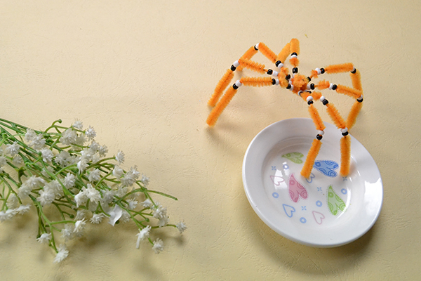 How to Make a Cute Orange Chenille Stem Spider Craft for Home Decoration