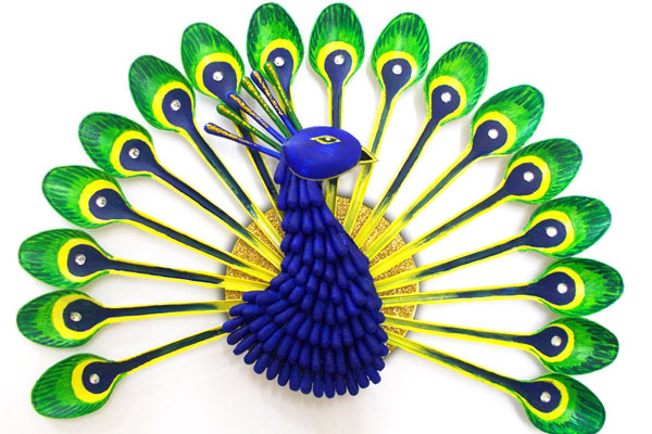 Plastic spoon peacock fun family crafts for West out of best ideas